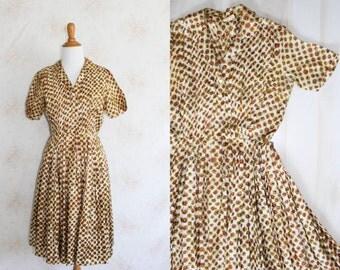 Vintage 50s Floral Dress, 1950s Shirtdress, Full Skirt, Flower Print, Short Sleeve, A Line