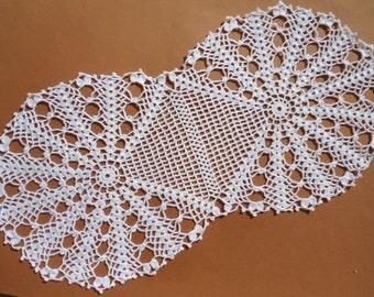 "Oval crochet doily, oval lace doily, white crocheted doily, oval centerpiece, handmade doilies, 23 "" X  11 """