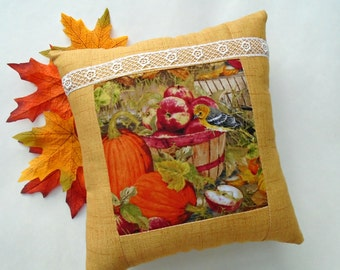 Apple Harvest Birdie Pillow / Autumn Pillow / Fall Bird Pillow / Yellow Bird / Pumpkin Pillow / Golden Yellow / Apple Basket / Autumn Garden