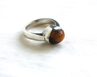 Tigers Eye Ring Size 7 Modernist Sterling Silver Vintage Southwestern Jewelry High Setting Amber Colored Stone Modern Design