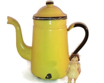 Curved spout coffee pot , Belgium Vintage , enamel , bright yellow