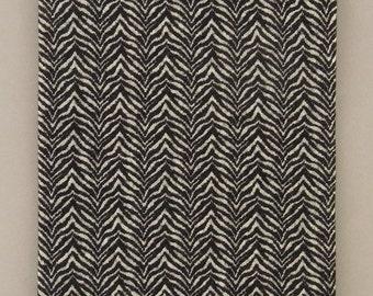 HERRINGBONE-patterned wool/cotton blend jacquard knit