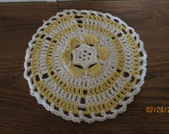 Yellow and White Buttercup Dish Cloth