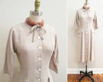 Vintage 1950s Dress | Tan Wool with Faux Fur Collar Early 1950s 40s Dress | size small