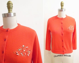 Vintage 1950s Cardigan | Bright Coral Fish and Seashell Studded 1950s Embellished Sweater | size small