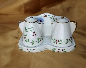Vintage Coffee Pot Salt & Pepper Shakers on Holder / Stand / Wall Hanging Mount, kitcsh farmhouse funky retro shaker pair *eb