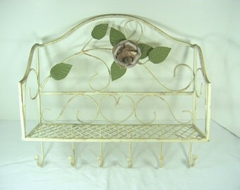 Vintage RUSTIC  ROSE SHELF Wall Rack CHiPPY PAiNT Hooks Metal