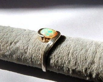 Vintage Sterling Silver  925 Faux Opal Ring