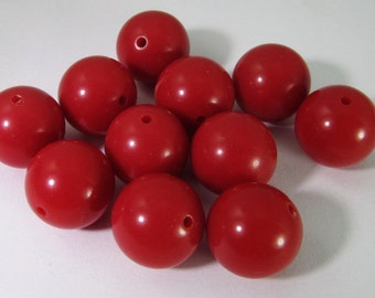 20 Vintage 12mm Red Lucite Beads Bd1855