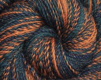 Handspun yarn - Merino wool / nylon yarn, DK weight - 425 yards - Insignia