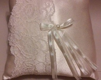 Ivory Vintage Lace Ring Bearer Pillow