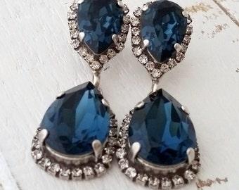 Navy blue chandelier earrings,Navy blue chandelier earrings,Swarovski earrings,Drop earrings,navy blue bridal earrings,blue bridesmaid gift