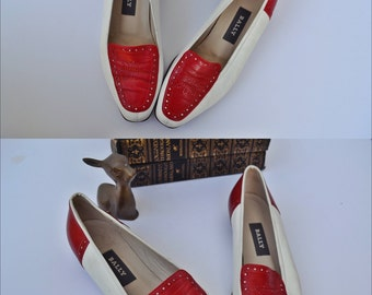 Vintage Bally Italy Red & White Leather spectator flats loafers Leather Shoes size 6 brogues broguing detail