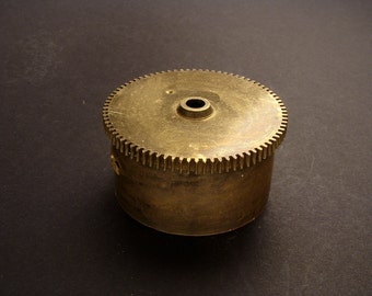 Large Brass Cylinder Gear, Mainspring Barrel from Vintage Clock Movement, Vintage Clockwork Mechanism Parts, Steampunk Art Supplies 03918