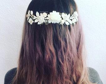 Festival Hair Accessories, Wedding, White Flower Hair Wreath, Boho Floral Hair Comb, Romantic Tiara, Bohemian Chic Bridal Hair Adornment