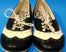 Vintage 90s Rare Deadstock Oxford Maryjane Flat Womens Size 8 9 Hipster Autumn Rockabilly Casual Cheetah print
