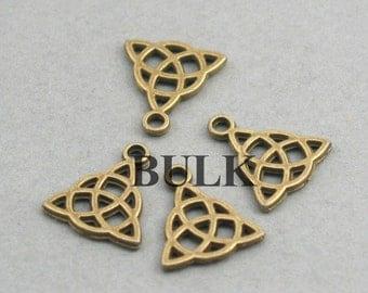 Celtic Charms BULK order Antique Bronze 40pcs zinc alloy pendant beads 14X16mm CM0742B