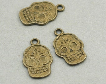 Skull Charms Antique Bronze 8pcs pendant beads 13X20mm CM0165B