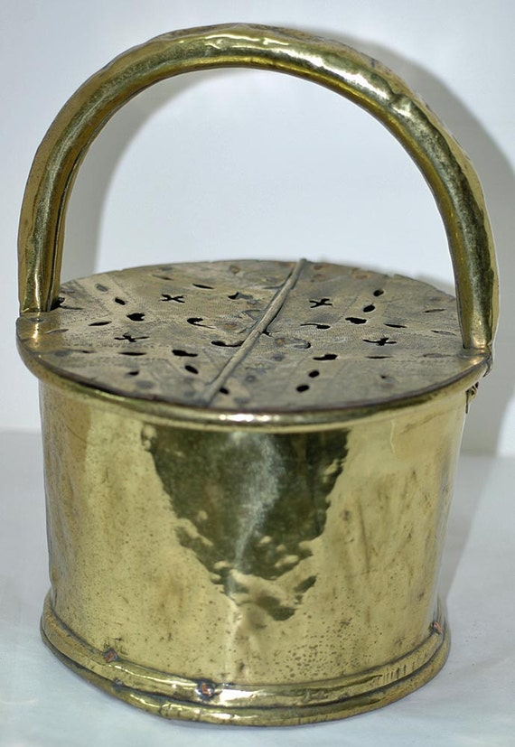 Reduced Very Rare Antique 18th r Early 19th c AMERICAN BRASS FOOT Warmer r Foot Stove, w/ Hand Cut Pennsylvania American Brass Hex Signs