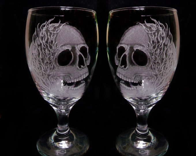 Hand engraved skull and flames Glass set