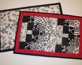 Quilted  Placemats Patchwork - Black White and Red - Modern Geometric Pattern - set of 2