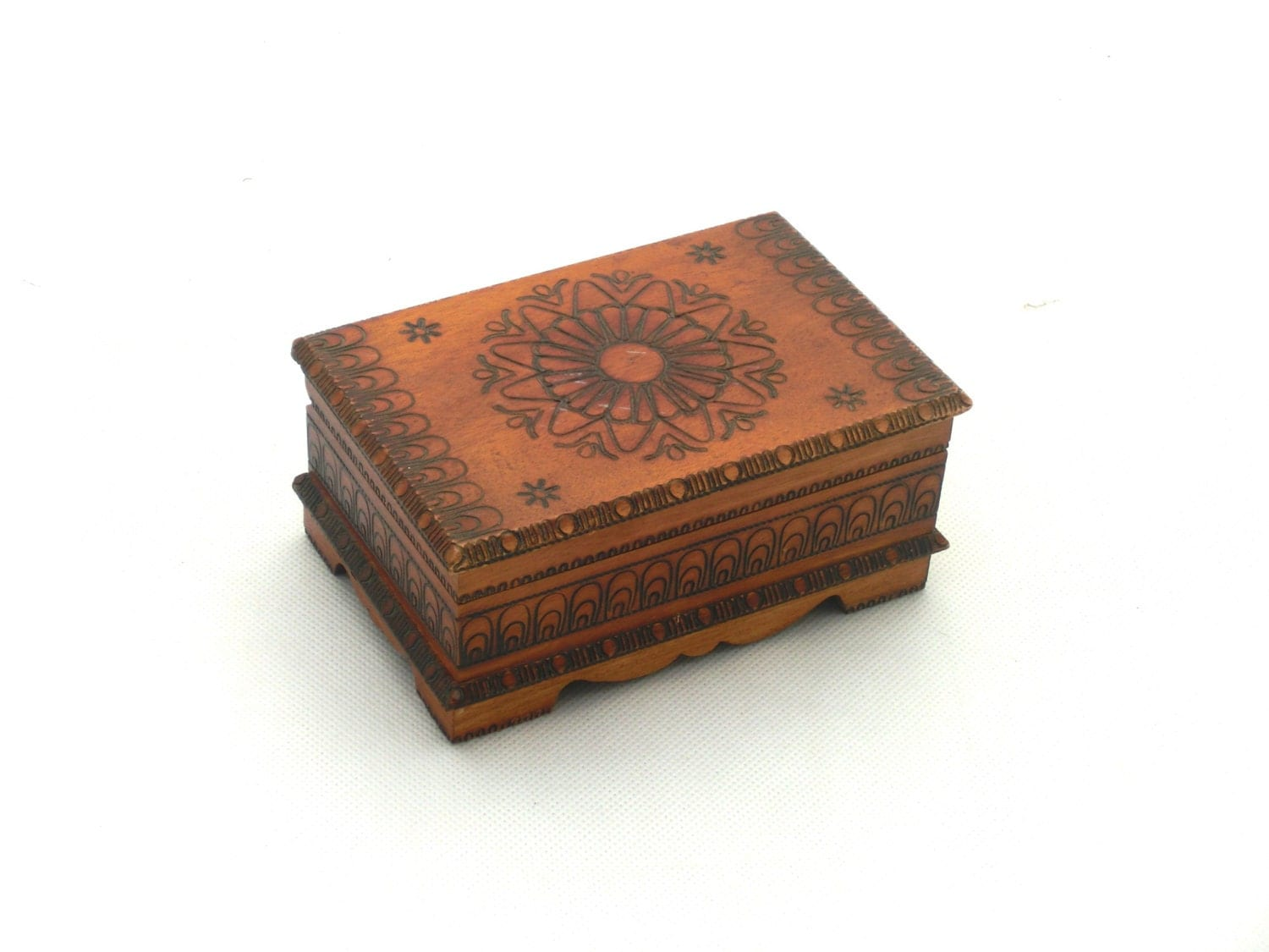 Vintage wooden jewelry box treasury box 70s handmade box for Jewelry box made of wood