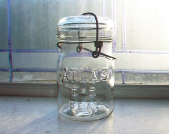 Vintage Atlas EZ Seal Pint Canning Jar With Glass Lid 1920s