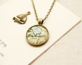 Vintage Map Necklace - St. Petersburg, Russia -Vintage Map Series (M021)