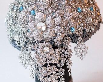 SALE!!! Brooch Bouquet. silver crystal Bouquet, Unique Wedding Bridal Bouquet