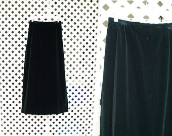 Vintage classic black velvet maxi skirt size Small or Medium
