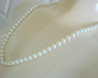 80s Vintage 1928 Simulated Pearl Necklace / Designer Signed / Wedding Bridal / Jewelry / Jewellery