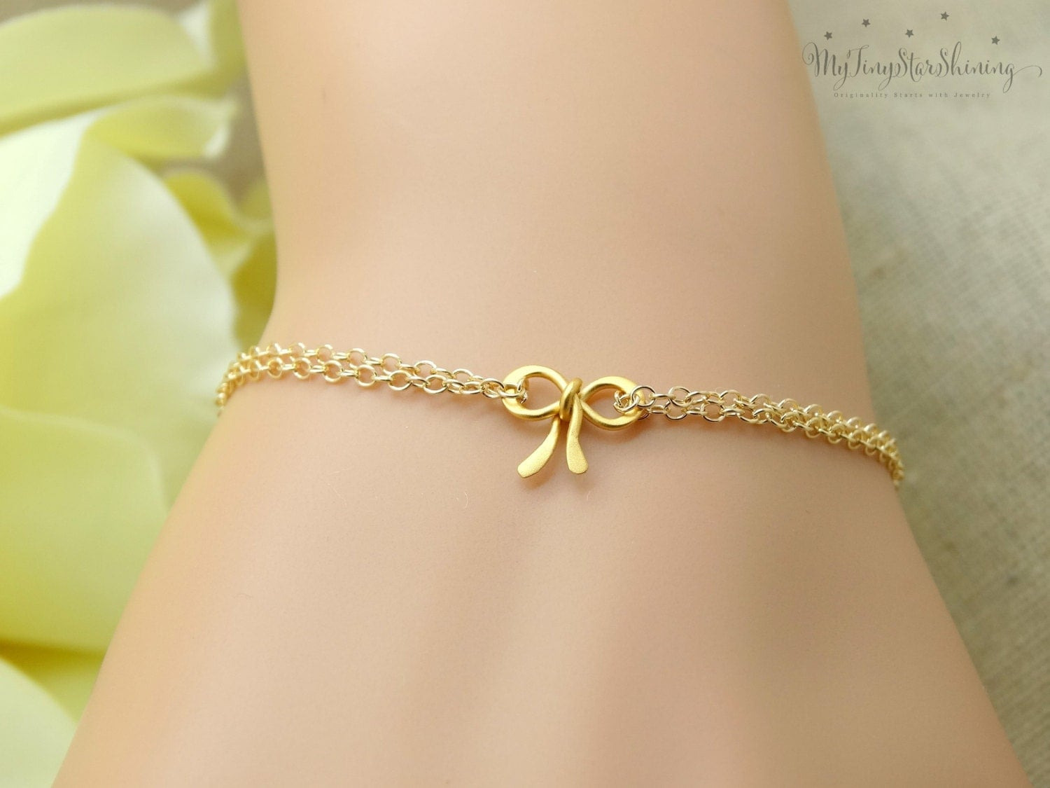 Wedding Gift Calculator The Knot : Tie the knot jewelry Gold Bow jewelry Knot bracelet Bridesmaid gift ...