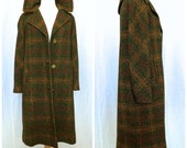 Vintage 1960's/1970's Muted Plaid Tweed Swing Coat // Medium