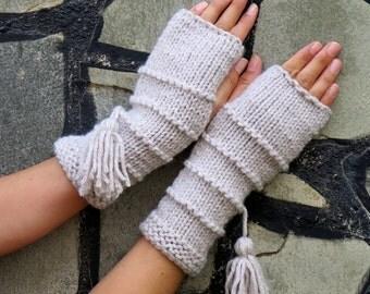 Knit Fingerless gloves in oatmeal color, Gloves Mittens, Long knit gloves, Boho knit gloves mittens, Girl's wool fingerless gloves, gypsy