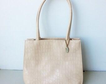 Vintage Liz Claiborne light tan purse