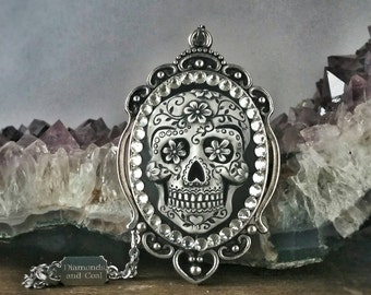 Dia De Los Muertos Sugar Skull Cameo Necklace Pendant - As Seen at GBK's 2016 MTV Movie Award Celebrity Gift Lounge