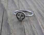 Sterling silver Quirky Voodoo Pirate Skull ring - size 8 - Ooak - not cast
