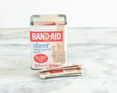 Vintage Band - Aid Tin Packaging w/ sealed bandages