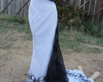 Wedding gown skeleton halloween costume dress size 12 fits kinda small strapless formal party mermaid gown trumpet goth gothic