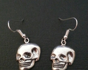 Silver Scary Skull Earrings