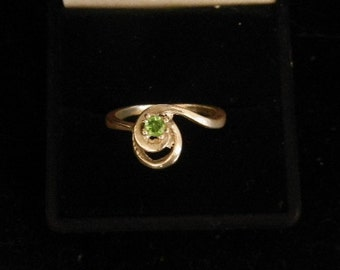 Solid Silver Ring w/ TSAVORITE GARNET prong set 3mm faceted stone size 7