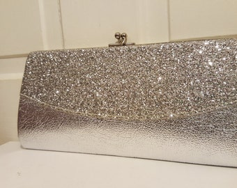 SILVER GLITTER Clutch // 60's Lame Wedding Formal Evening Bag Chain Link Strap 70's Disco Raver Club Party New Year's Metallic
