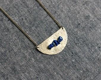 ACCIUS Half circle Lapis Lazuli Necklace