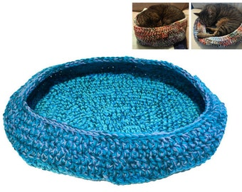 Cat Bed, Crocheted Cat Bed, Oval Cat Bed, Green Turquoise