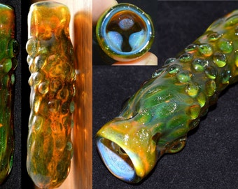 Exquisite Ice Pinch Chillum Pipe with Sparkle Honeycomb and Dewdrops - Handblown Glass - Color Changer