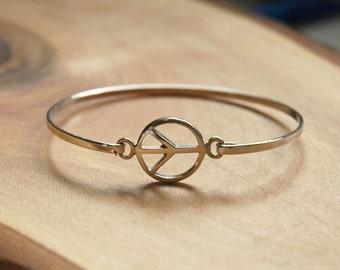 Peace bracelet, 925 sterling silver bangle bracelet, silver peace symbol, stacking, friendship, karma, bohemian, boho bracelet - avalon