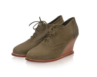 DAYDREAM. Leather oxfords / oxford booties / oxford heels / wedge booties / oxford wedges. Available in different leather colors.