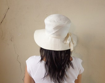 50s wide brim cloche/ solid white sun hat// 20.5