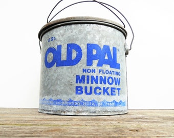 Vintage Minnow Bucket, Old Pal Minnow Bucket, Blue Old Pal Bucket, Galvanized Bucket, Vintage Minnow Pail, Lake House Decor, Fishing Antique
