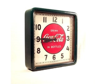 Vintage Advertsing Clock - Antique Coca Cola - SelectoClock - Kitchen Decor - 1930s - Green - Red - Collectible - Wood Frame